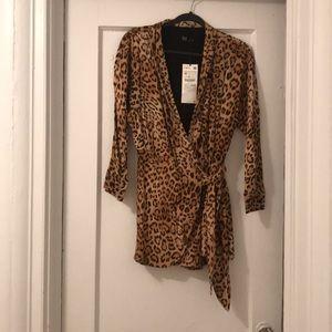 Leopard print romper, never worn!